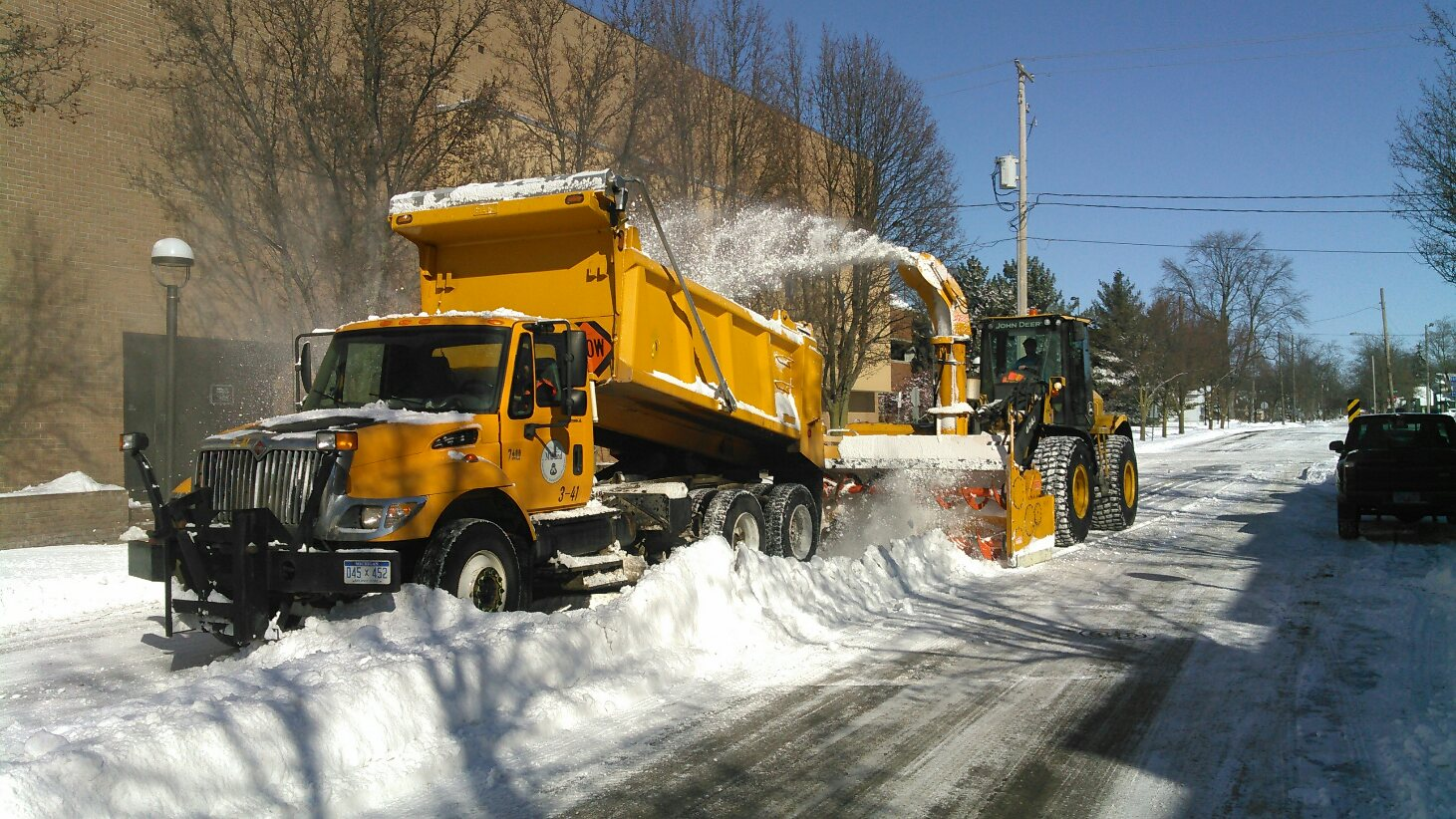 Snow Removal Downtown (6)